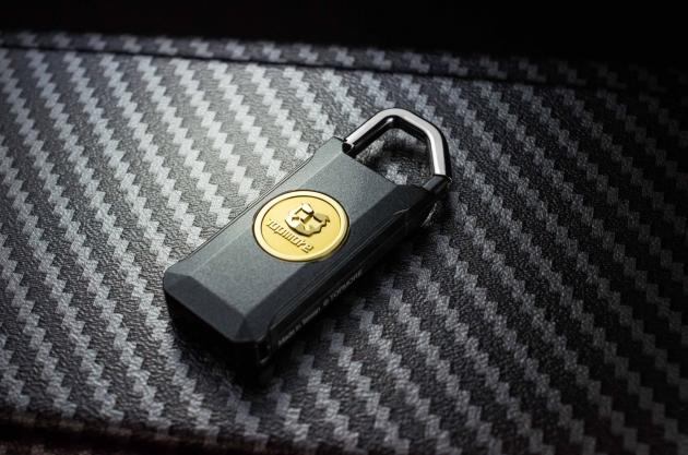 指纹辨识挂锁(深铁灰) 1
